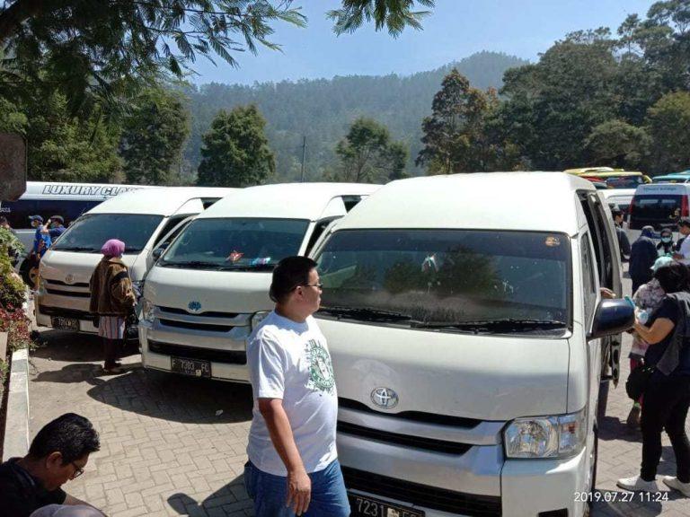 Sewa Hiace Bersama Keluarga Besar Ibu Herlina ke Dataran Dieng Jawa Tengah