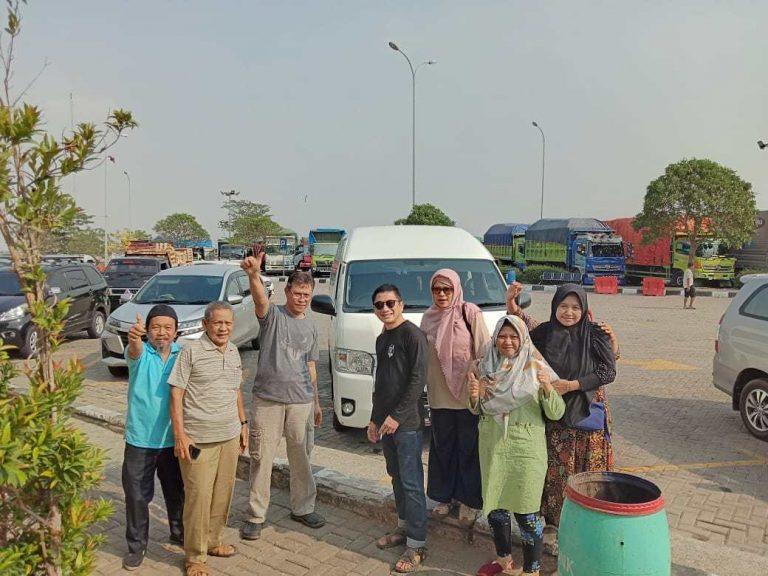 Sewa Hiace Membawa Rombongan Keluarga Bapak Prijo – Bintaro ke Cirebon